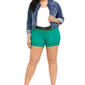 Torrid NWT Belted Green Shorts Size 16